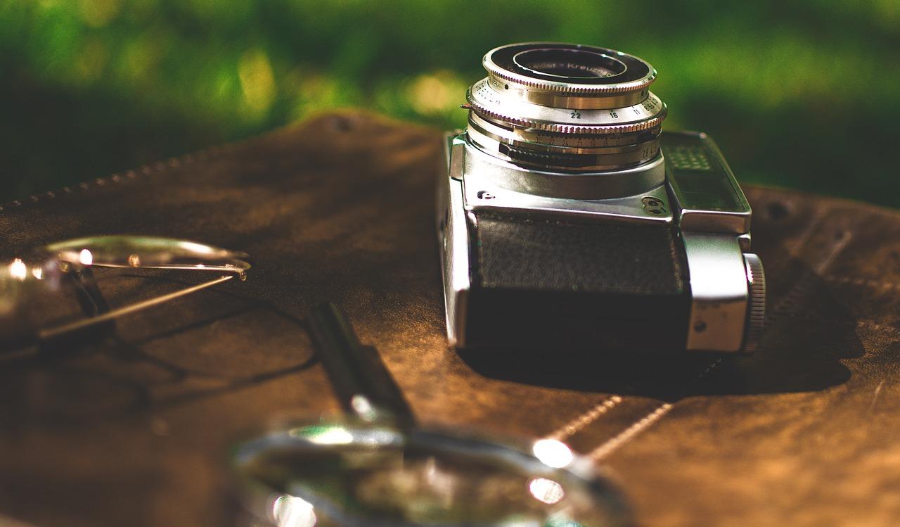 初心者のOLYMPUS ミラーレス一眼 OM-D E-M10 MarkII |猫が可愛く撮影したいならスマホよりカメラ!